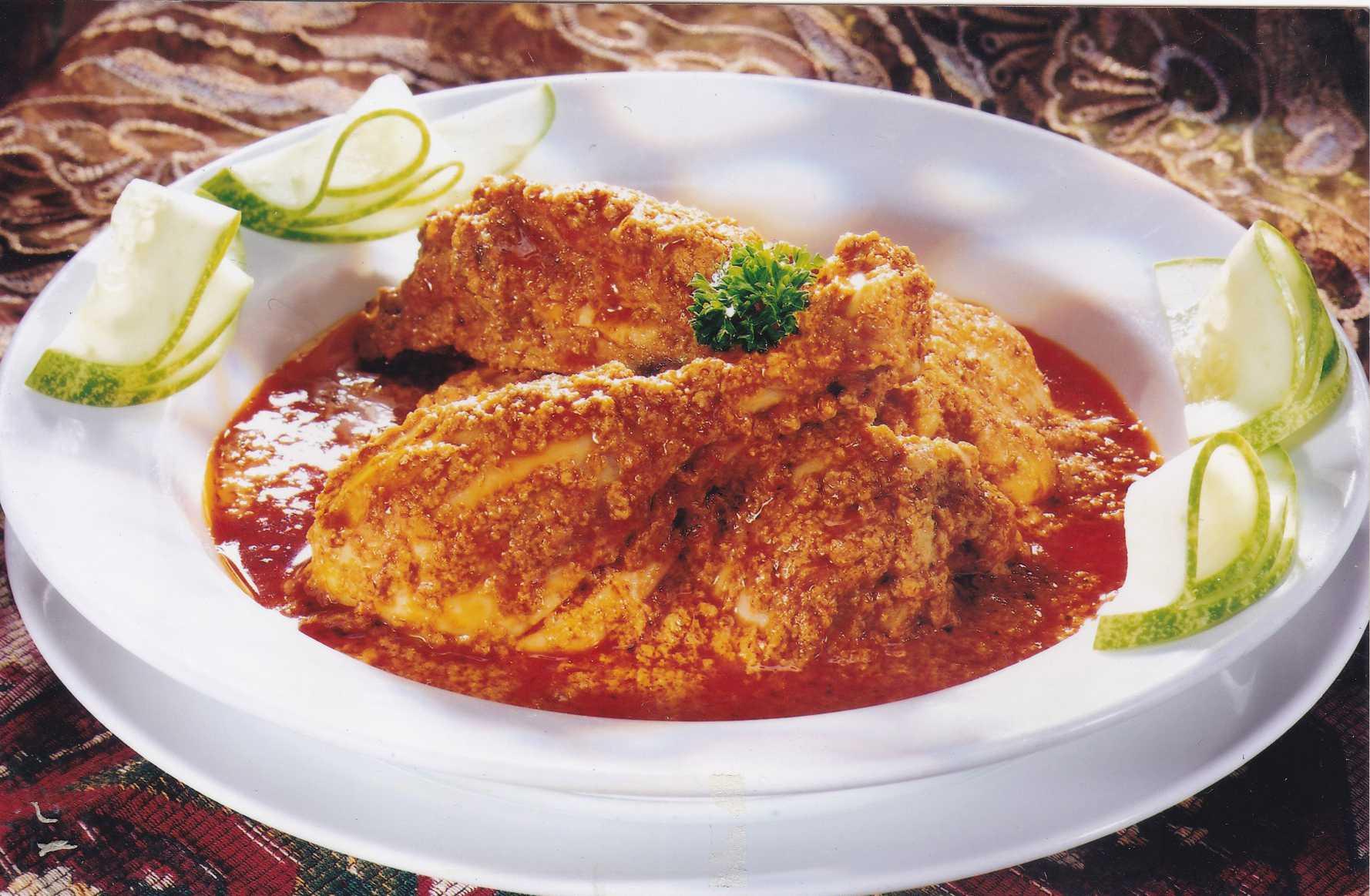 仁当,黄姜饭,炒粿条为2011年大马多元文化美食标志