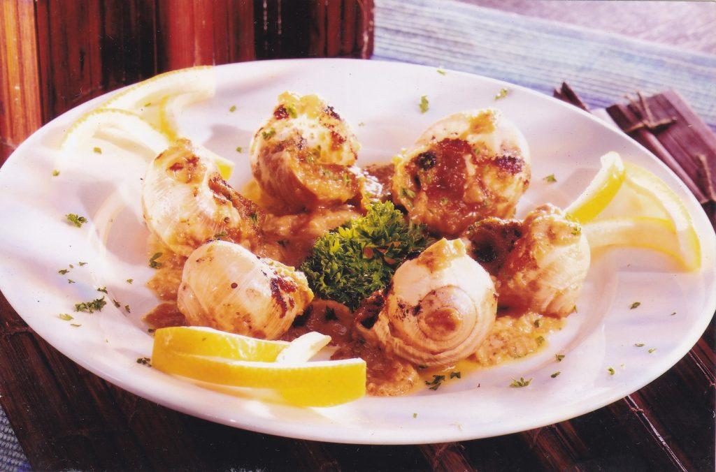 世界美食大师-法国蜗牛和本地田螺