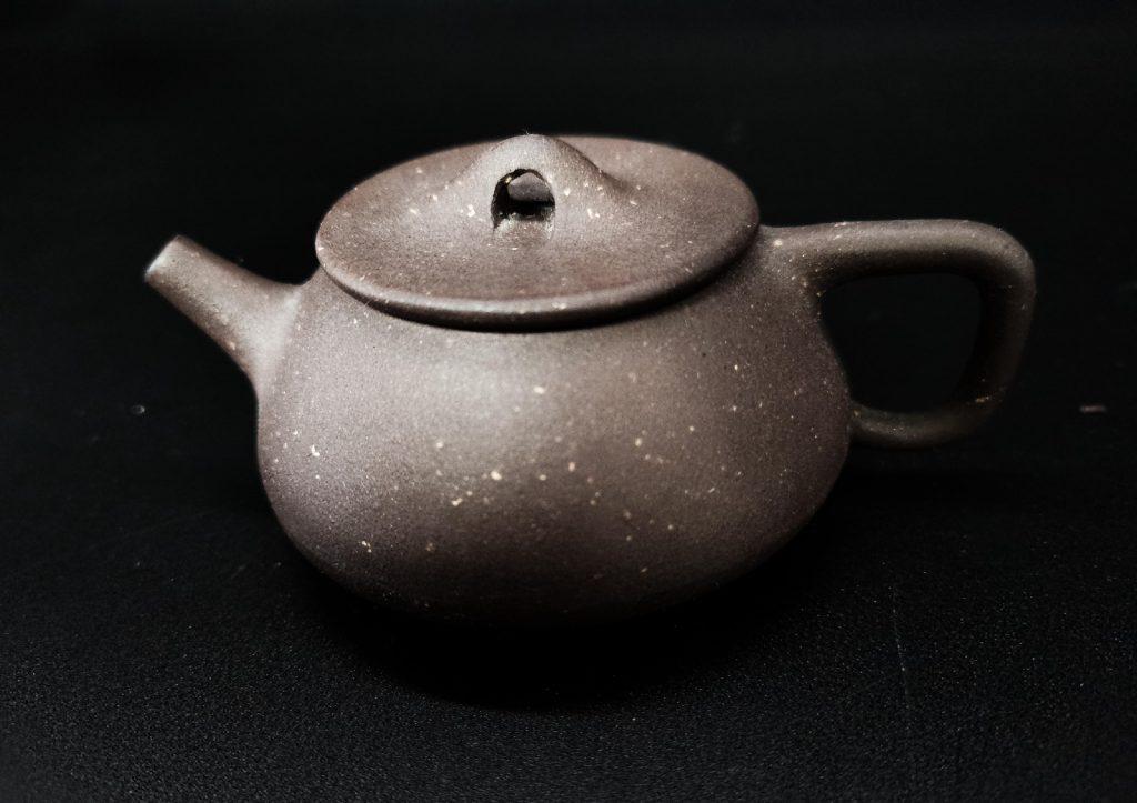 马来西亚食神-钉足壶