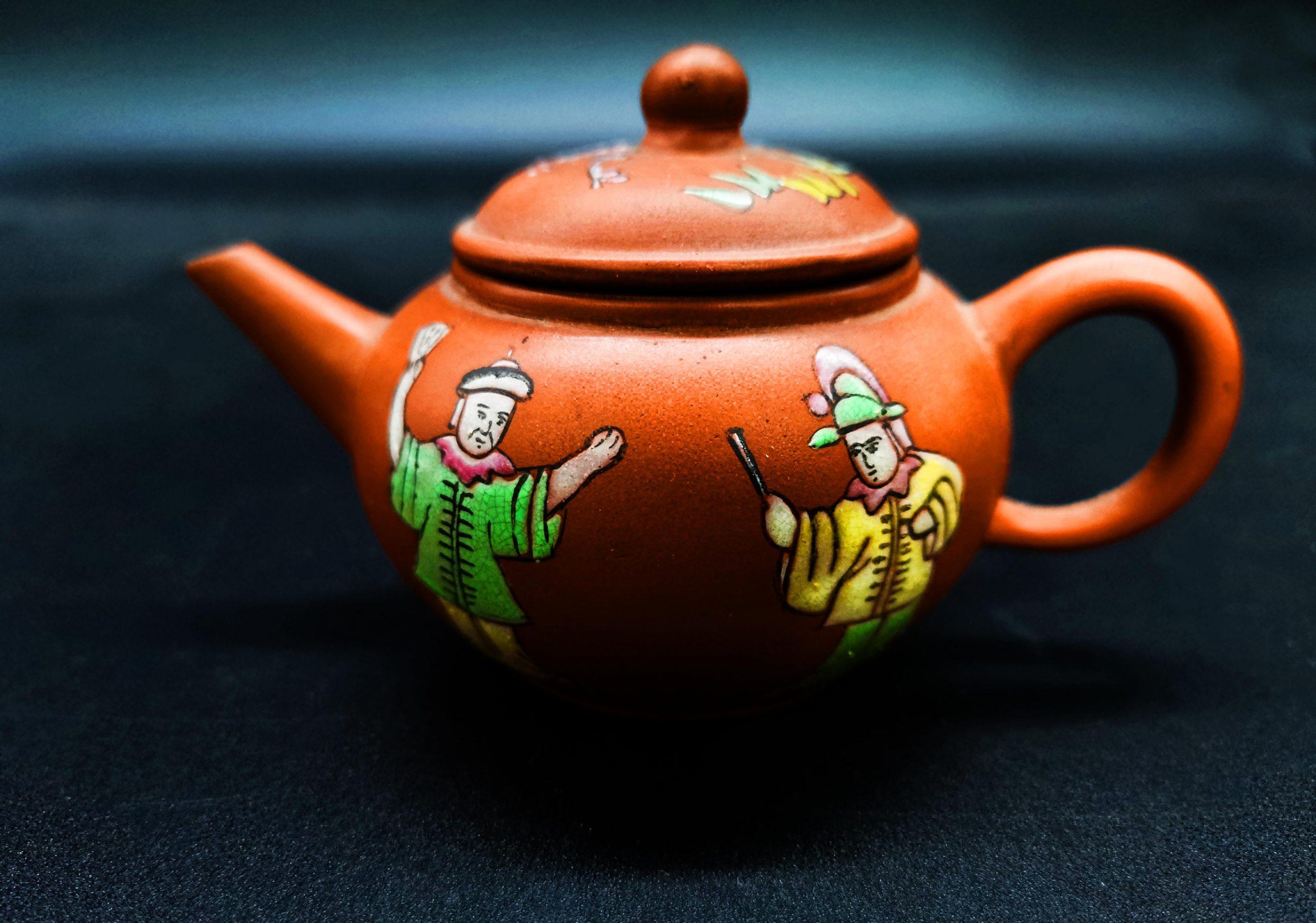 马来西亚食神-朱泥彩釉水平壶